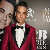 Robbie Williams ќе пее на Brit Awards